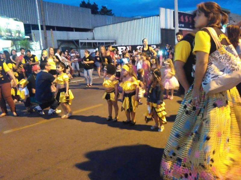 Carnaval 2018 - EC Ouro Negro - Charqueadas - Avenida Getúlio Vargas