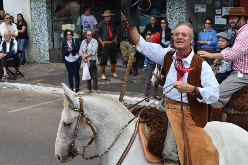 Desfile Farroupilha - São Jerônimo - Avenida Ramiro Barcelos