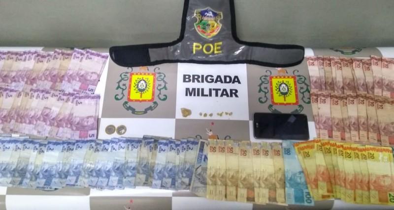 Dinheiro e drogas apreendidas pela Brigada Militar